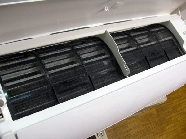シャープ プラズマクラスター7000のエアコン大阪で買取ました。画像4